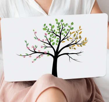 Naklejka na laptopa Drzewo cztery pory roku