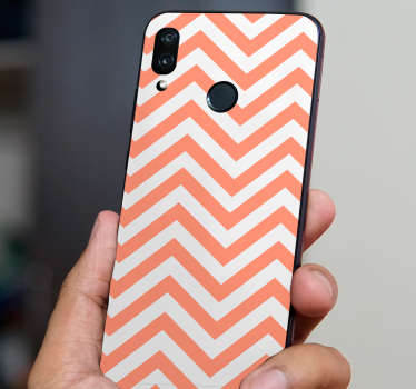 This Huawei sticker represents some zic-zac lines in white and pink colours, a decoration decal perfect for the back of your Huawei mobile phone.