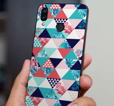 This decoration vinyl represents geometrical patterns and flowers in a tropical style, a design to bring some colours to your boring Huawei phone.