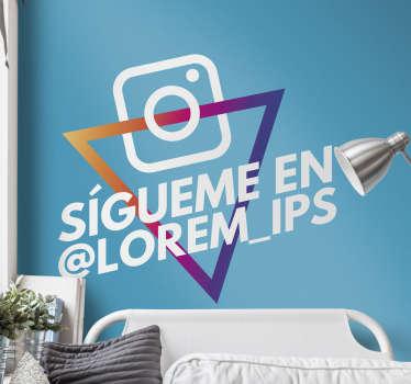 Pegatina adhesiva personalizada formada por el logo de instagram ideal para que tus clientes te sigan en dicha red social. Envío Express en 24/48h.