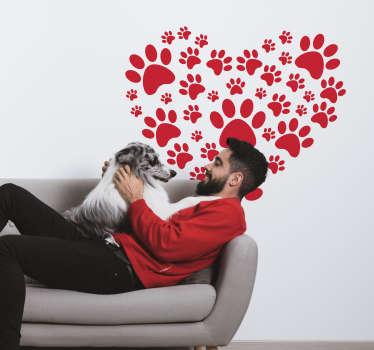 Autocollant décoratif d'art mural à la maison avec les dessins d'empreintes de chiens qui forment une grande forme de coeur. Disponible en différentes tailles et couleurs.