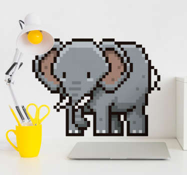 L'éléphant de cet adhésif décoratif animal est désigné avec un style pixélisé, qui vous permettra de décorer toute surface lisse de votre décoration.