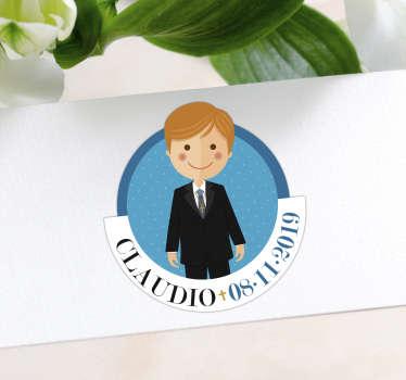 Pegatina personalizada redonda para la comunión de tu pequeño con su nombre y la fecha de la celebración. Precios imbatibles.