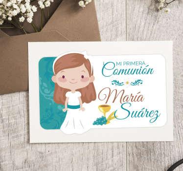"""Pegatina personalizada para comunión formada por el dibujo de una niña y el texto """"Mi primera comunión"""". Atención al Cliente Personalizada."""