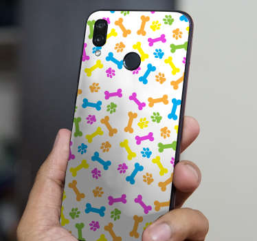 マルチカラーパターンで犬の骨と足跡のデザインでそれを飾るための装飾的な華為電話ステッカー。適用が簡単で取り外し可能。
