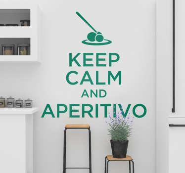 """Chi non ama l'aperitivo? Celebralo con la nostra scritta murale adesiva che presenta la frase """"Keep calm and aperitivo""""!"""