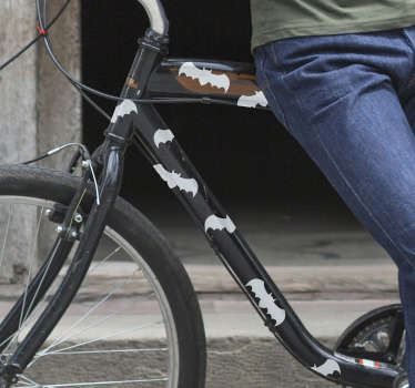 Flaggermus for et sykkelbil klistremerke