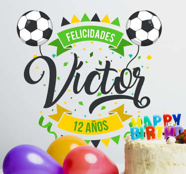 Pegatina personalizada con temática de fútbol ideal para decorar la fiesta de un cumpleaños infantil o juvenil . Precios imbatibles.