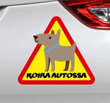 Koira aluksella oleva ikoninen tarra, joka levitetään auton pinnalle koiran turvallisuuden suojelemiseksi. Osta se haluamasi kokoisena ja se on myös muokattavissa.
