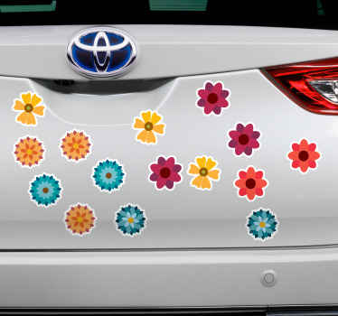 Dekorativní květina tiskne auto nálepka na zkrášlení těla jakéhokoli vozidla. Tento design je různé tisky květin v úžasných barvách a stylu.