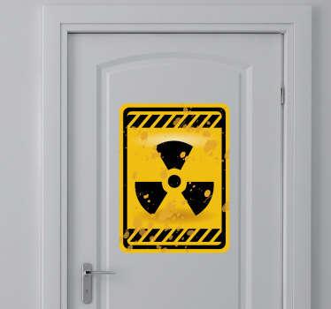 Radioactiv autocolant usa semn