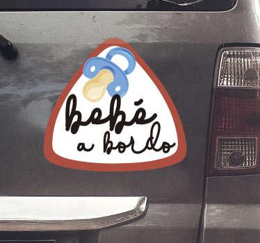 """Vinilo decorativo de ventana para coche fácil de aplicar del diseño del bebé a bordo creado con un chupete y el texto """"bebé a bordo"""" para mantener a un niño seguro en el coche."""
