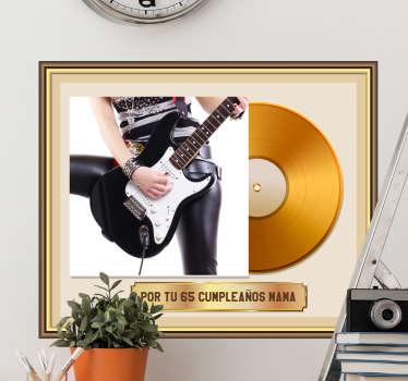 Vinilo decorativo con foto personalizable y disco de oro que se puede personalizar con  imagen en el espacio marcado. Fácil de colocar.