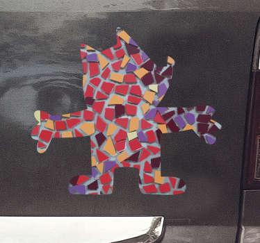 Fantástica pegatina para coche de Barcelona con la imagen de la mascota Cobi de las Olimpiadas de 1992 con el estilo de Gaudí. Fácil de aplicar.