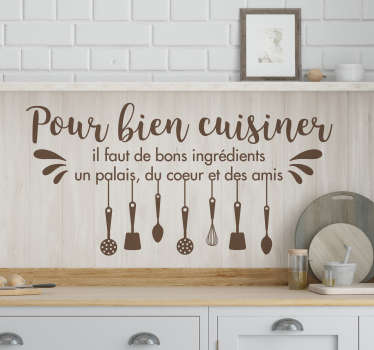 Il ne fait aucun doute que la cuisine est le cœur de la maison, alors pourquoi ne pas la décorer en conséquence! Application Facile.