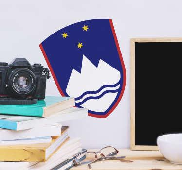 Slovenski grb nalepke za steno zasnovan z vsemi značilnostmi in ta dizajn vam bo všeč v dnevni sobi ali spalnici. Enostaven za oblikovanje.