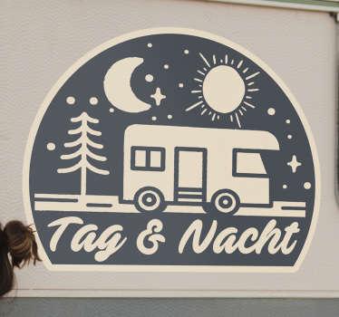 """Sie möchten sicher, dass ihr wohnwagen mit dieser wunderschönen aufschrift auf dem wohnwagen-wandtattoo """"tag und nacht"""" strahlt. Dieses design besteht aus hochwertigem vinyl."""