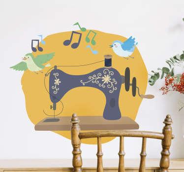 Naaimachine met vogel en geluid zelfklevende muursticker gemaakt op een gele achtergrond die mooi zal zijn op elke muur. Dit ontwerp kan in elke maat zijn.