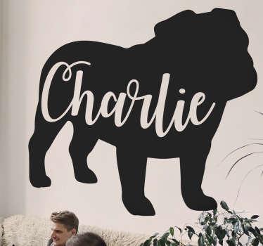 Personlig navn britisk bulldog silhuett klistremerke som får barnet ditt til å føle seg super. Dette er et design som viser en corgi som kjører med et navn på.