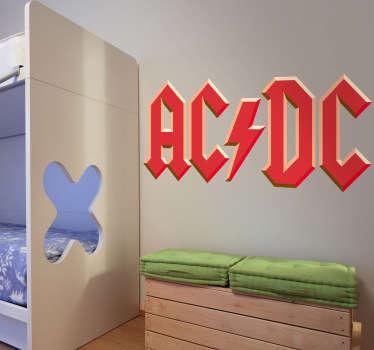 Adhesivo con las letras del grupo AC/DC. Con su estilo de música hard-rock y heavy metal.