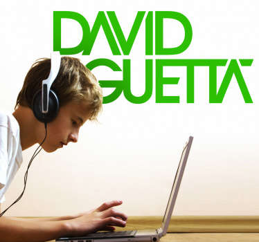 Adhesivo del famoso disc jockey de música electrónica y productor discográfico francés David Guetta. Baila con sus composiciones house y dance.