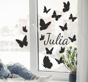 Dekoratives schmetterlings Wandtattoo Fenster, den sie in jeder farbe, in namen und in größe ihrer wahl haben können. Dieser entwurf wandelt ihre fensteroberfläche um.