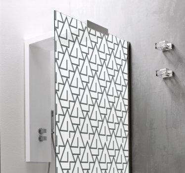 Decora la superficie de la puerta de tu ducha con este adhesivo triangular para mampara de ducha creado en múltiples triángulos que te encantará.