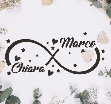 Un adesivo in vinile per matrimonio personalizzabile creato con stelle e cuore con un nastro che collega due nomi di una coppia innamorata. Puoi averlo a tuo nome.
