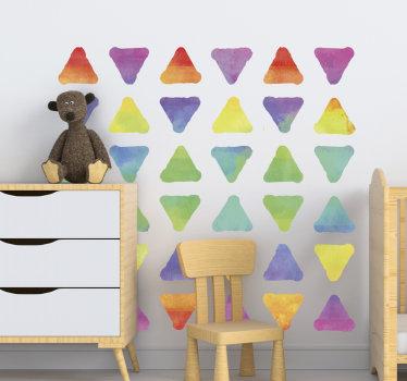 Decoratieve zelfklevende muursticker van geometrische driehoeken in meerdere kleuren om het wandoppervlak in huis te verfraaien. Een ideaal ontwerp voor de slaapkamer.