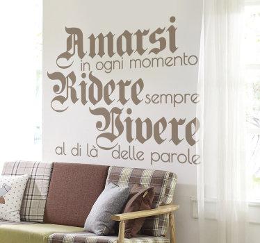 Acquista questa semplice stickerin vinile decorativo per la casa con la citazione del testo sull'amore e la vita della coppia in un carattere adorabile ed elegante.