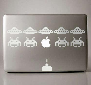 Mata ovnis y marcianos con disparos destructivos. Un videojuego tradicional ahora en adhesivo para adornar tu ordenador.