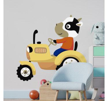 Decore cualquier espacio para un bebé o niño con este hermoso diseño de un vinilo de de tractor que tiene un personaje de dibujos animados conduciendo.