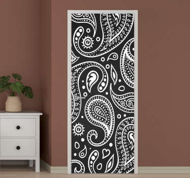 Decorative paisley patterned door sticker in black and white colour to decorate any door in the home. Ideal for all door surface.