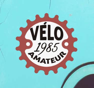 Décorez votre voiture avec ce sticker cycliste personnalisable. Facile à appliquer sur toute surface plane et disponible en plusieurs tailles.