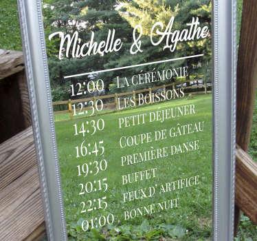Sticker mariage personnalisable avec le nom du couple et le programme de l'événement. Disponible dans environ 50 options de couleurs.