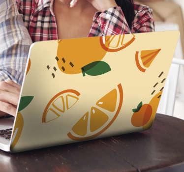 Autocollant décoratif en vinyle pour ordinateur portable avec la conception d'une orange dans le style de memphis. Choisissez la dimension qui correspond à la taille de votre ordinateur portable.