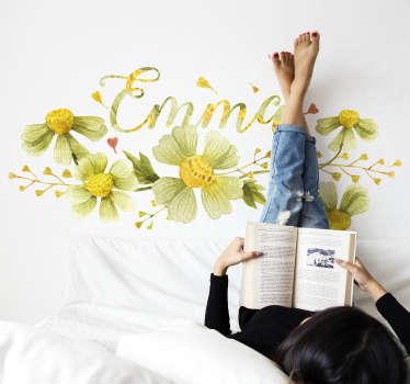 Vinilo decorativo para pared con el diseño de flores margaritas y personalizable con nombre. Cómprelo en el tamaño que desee ¡Envío a domicilio!
