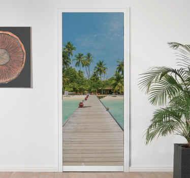 Un autocollant de porte décoratif pour créer une vue imprenable sur la plage depuis votre porte. Taille personnalisable pour répondre à vos besoins.