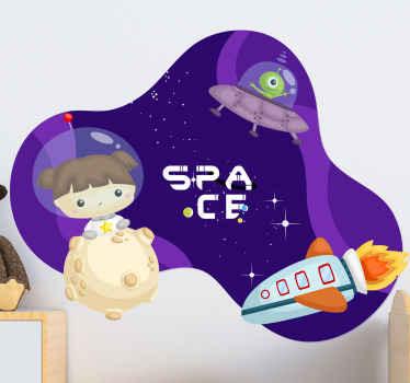 Un fantastico adesivo da parete spaziale per la decorazione di una cameretta da ragazza. Il design è una colorata immagine grafica di una ragazza nello spazio con elementi spaziali.