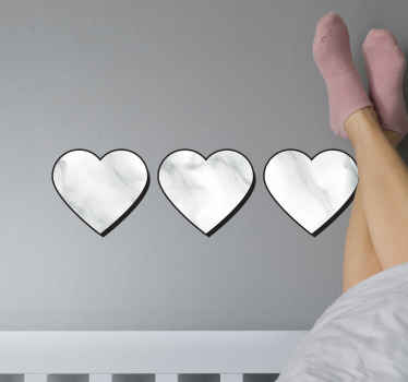 Cuore carino con adesivo amore in marmo. Una semplice decorazione a cuore con trama in marmo per qualsiasi spazio piatto. Disponibile in qualsiasi dimensione richiesta.
