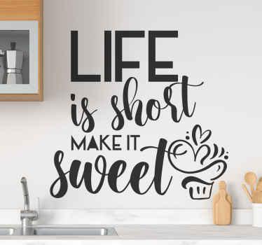 adhesif avec motivation sur la vie. Il dit: la vie est courte, faites-la douce et vous pouvez choisir n'importe quelle taille prédéfinie. Fait de matériaux de haute qualité.