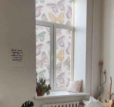 Versier uw raamruimte met de kleurrijke touch van deze geweldige veelkleurig vlinders raamsticker. Gemakkelijk aan te brengen, bestand tegen rimpeleffect.