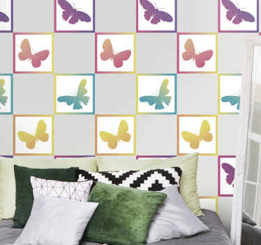 あなたが確かにそれを愛するタイルパターンのセットで作られた装飾的なカラフルな蝶のデカール。バスルーム、寝室、その他のスペースに適しています。