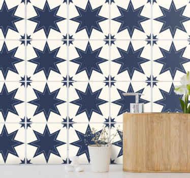 濃い青と白の大きな星のタイルデカールは、バスルーム、ベッドルーム、リビングルーム、キッチンスペースにも適しています。それはオリジナルでとても簡単に適用できます。