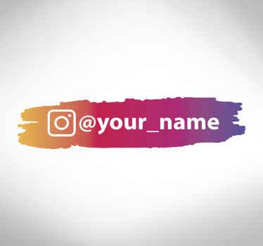 Questo design adesivo per vetrine presenta un bellissimo tratto di vernice nei colori del logo di instagram: rosso, arancione, giallo, rosa e viola.