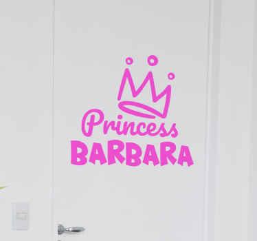 Prachtige op maat gemaakte kroon muursticker om iedereen te laten weten wie de prinses is! Verkrijgbaar in 5 verschillende kleuren om uit te kiezen.