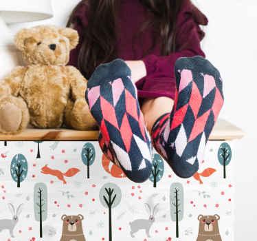 Verfraai de meubel ruimte in de kamer van uw kind met onze originele wilde dieren en bomen meubelsticker met scandinavische dieren. Het is gemakkelijk aan te brengen en verkrijgbaar in elke maat.