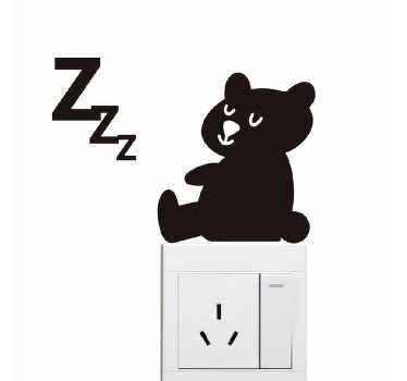 Schattige decoratieve cartoon beer schakelaar sticker. Dit ontwerp is een mooi idee voor kinderkamers, maar het kan ook op andere schakelruimtes worden toegepast.