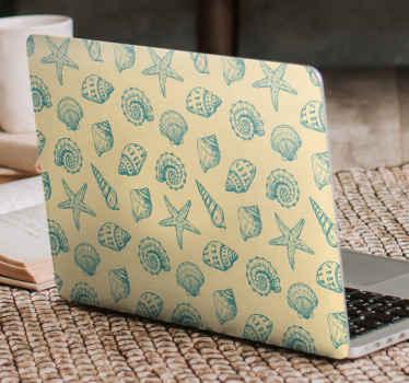 Interesante vinilo para laptop con una increíble colección de diferentes conchas marinas sobre fondo vintage ¡Compra a domicilio!