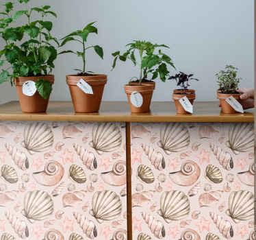 ピンクとグレーの色と背景でデザインされた装飾的な貝殻パターンの家具ステッカー。テーブル、ワードローブ、食器棚などに貼ることができます。